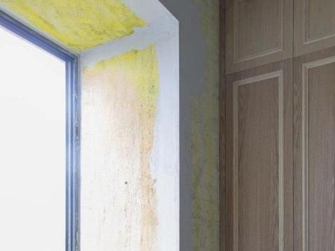 飘窗不能砸,师傅直接往上加20公分做个抽屉柜,好地方没白白浪费