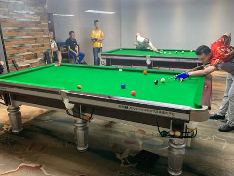 伟林台球大石坝店第一届中式黑八比赛圆满落幕