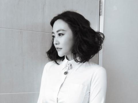 她与邓超分手后,先嫁李光洁在嫁刘烨,如今41岁却又成单身!