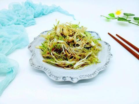 """苦菊就是夏天的""""消炎药"""",隔三差五凉拌吃,排出体内湿气一身轻"""