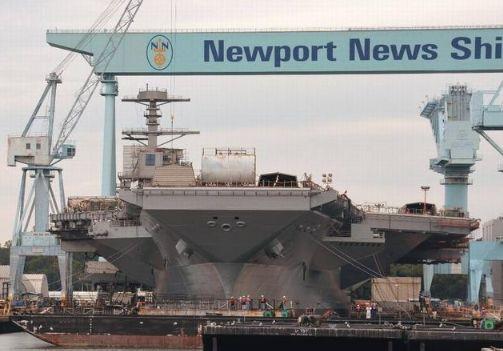 美军核动力航母换一次燃料,需要15亿美元,辽宁舰加满一次油多少