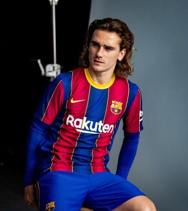 豪门新赛季球衣发布,穿上它,你或许是这条GAI最靓的仔!(一)