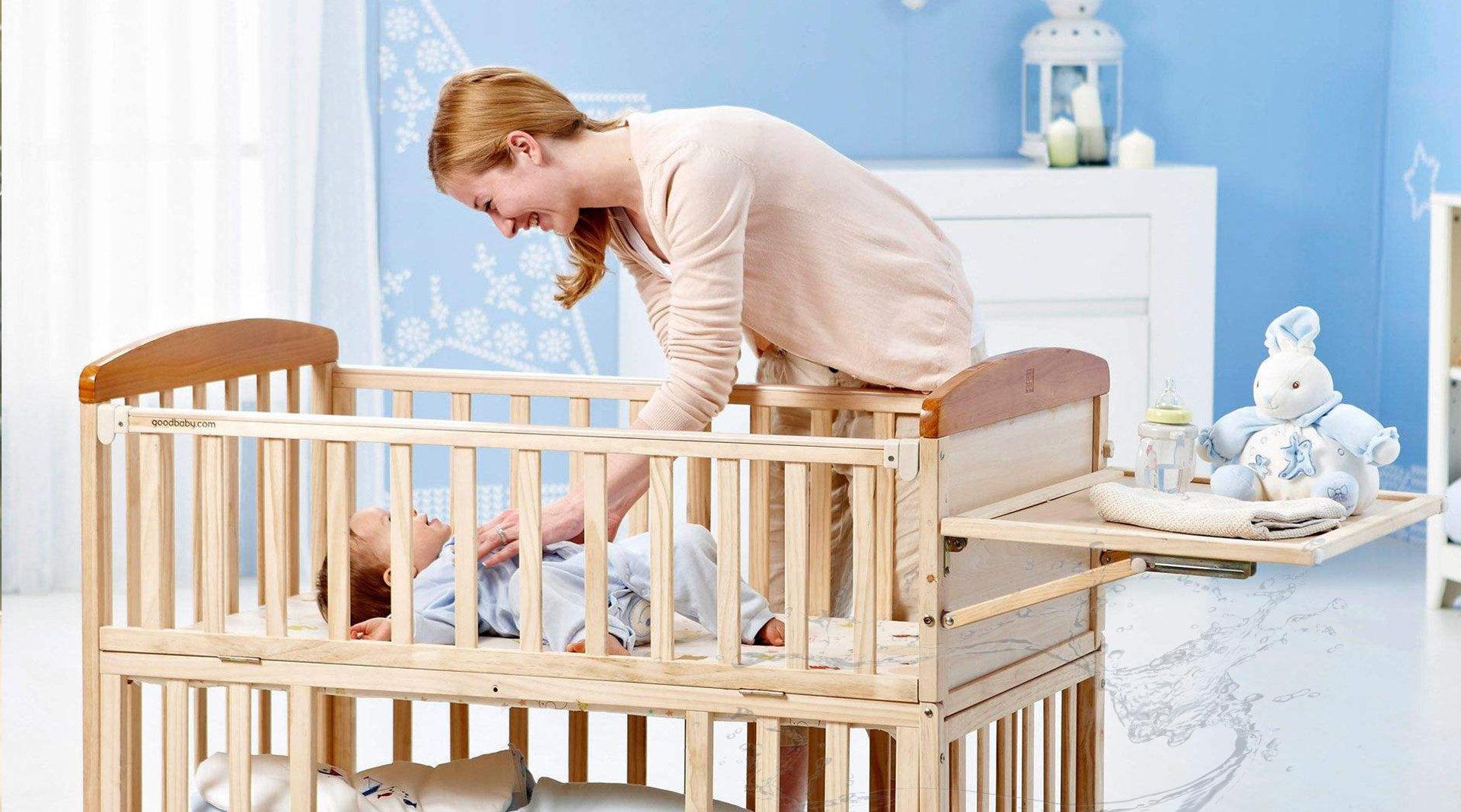 新生婴儿多大能出门?多数宝妈抱早了,过来人:这个时间尽量不抱