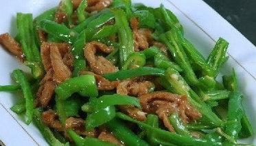 优选食谱:青椒肉丝、酱爆牛肉、孜然香煎带鱼的做法
