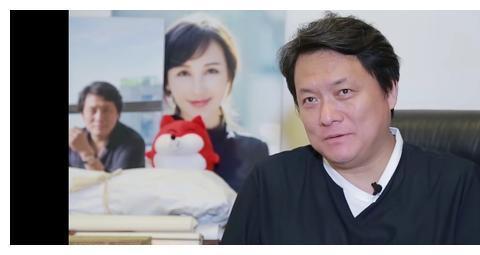 演员易烊千玺又被夸了,这次是著名导演郭靖宇,粉丝:要补课了