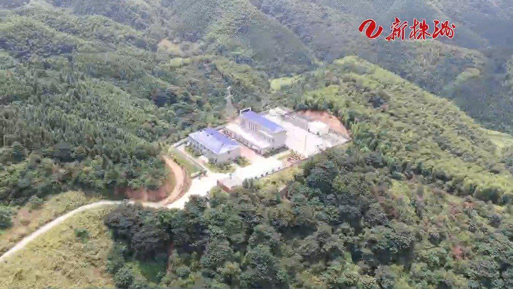 凤凰山风电场:迎高温 保发电