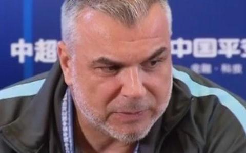 奥拉罗尤:对阵大连的比赛将会变换策略 谢鹏飞可能会伤停两周