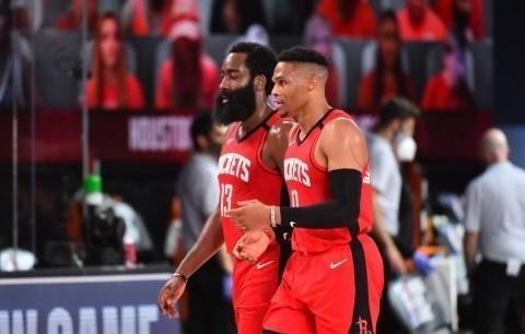极简战术下的休斯顿火箭:输29个篮板也能赢球,季后赛能走多远?