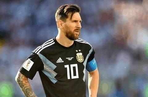 C罗的高度决定了葡萄牙的高度,阿根廷队的结果决定了梅西的高度
