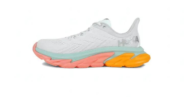 盘点HOKA ONE ONE历代CLIFTON鞋款,时尚和户外运动两不误