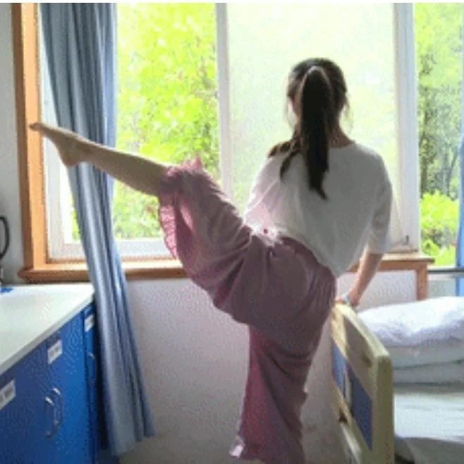 女孩跳舞时身体竟发出爆米花般异响!医生提醒家长:孩子练舞务必注意