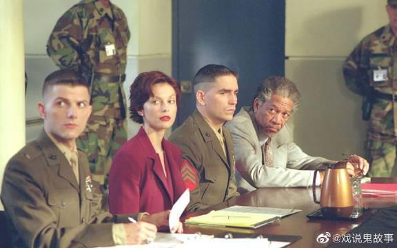 《一级重罪》美军误杀三名学生,为掩盖失误军方暗箱操作