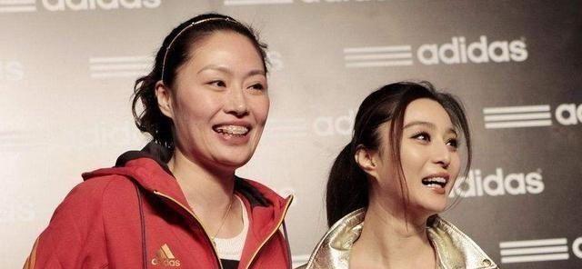 排球女将嫁大12岁美国人,曾传喜欢刘翔,孩子1周岁,却未办婚礼