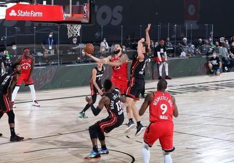 猛龙下赛季会用顶薪留下范乔丹,他正在成为NBA最伟大的落选秀