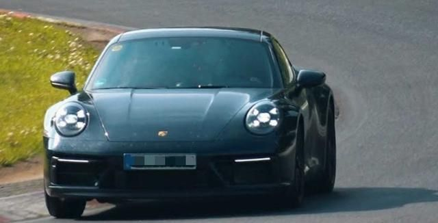 运动性能更出色 疑似保时捷911 GTS路试谍照曝光 发动机参数提升