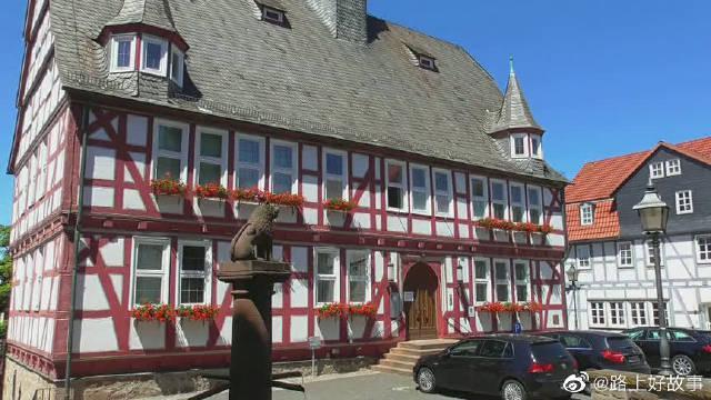 德国黑森州小镇霍姆伯格欧姆和弗龙豪森风光剪影……