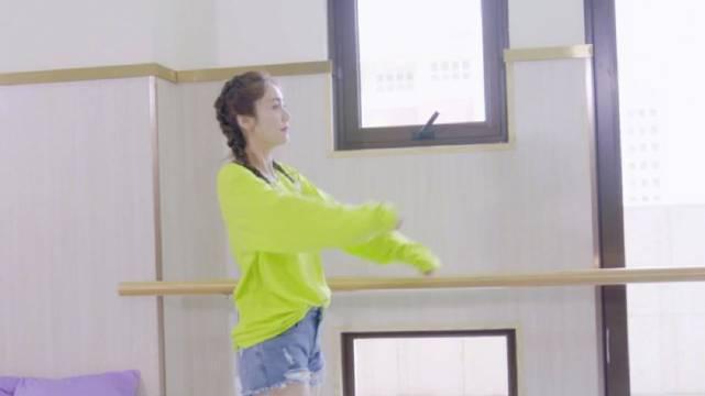 刘芸在《成为妈妈后》中说演员要靠综艺来增加热度……
