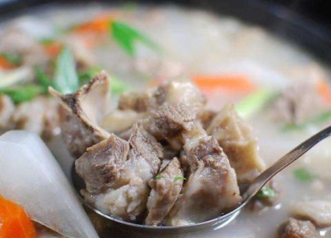 无论炖什么肉,万万别放这香料,教你正确做法,肉汤鲜美,贼好吃