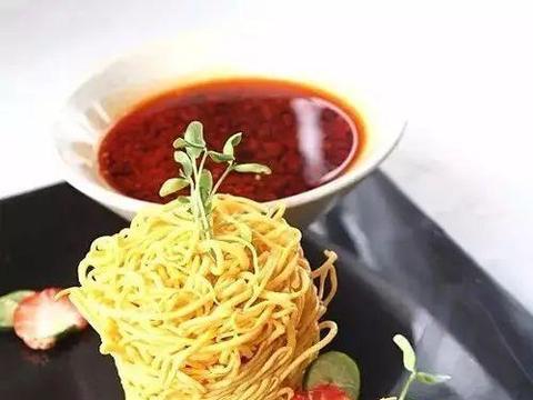 精选美食:葱烧换柱河鳗、红酒冻鹅肝、常德牛杂钵、酸汁菌黄丝