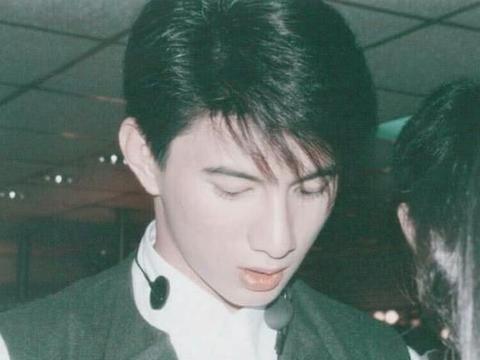 和马雅舒结婚多年的吴奇隆,为何转身娶了小16岁的刘诗诗?