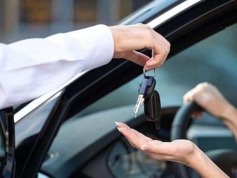 把车借给朋友,汽车出了事故怎么办?牢记这几点,基本上没你责任