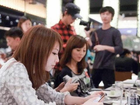 连到了WiFi以后:4G网还有必要关掉吗?中国移动再度确认