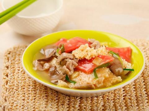 经典川菜锅巴肉片,糖醋香味浓郁,肉片滑嫩,锅巴酥脆