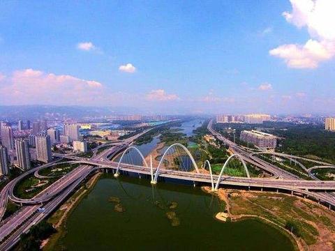 山西一座冷门小县城,藏着一处5A级景点,就在忻州,却不是五台山