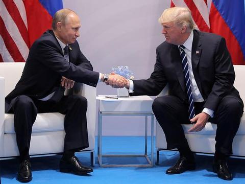 """美国对普京展开""""甜蜜外交"""",实际上却是笑里藏刀"""