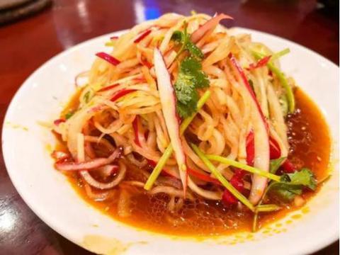 美食推荐:凉拌萝卜丝,香辣豆腐锅,白菜蒸火腿,宫保虾球