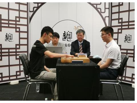 龙星战小组赛战罢 连笑胜杨鼎新赢得半决赛席位