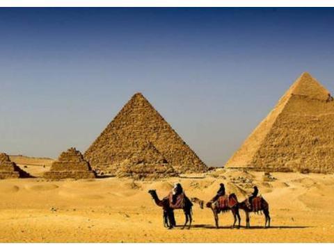 如今古埃及人的后裔,以基督教信仰的科普特人,已经成了少数民族