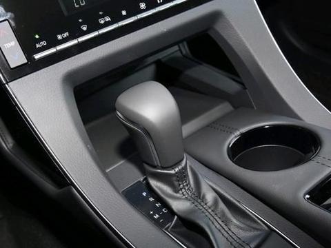 迈腾还是输给了它,车长4.9m还是双擎配置,六月份销13245辆!