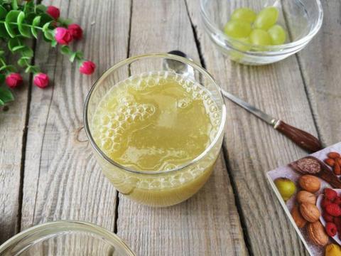 8月,这水果正上市,5块钱一斤,常吃抗氧化,素颜显白,真美