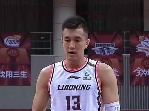 郭艾伦证明自己是本土最强后卫!赛后称赞对手,对阵新疆享受篮球