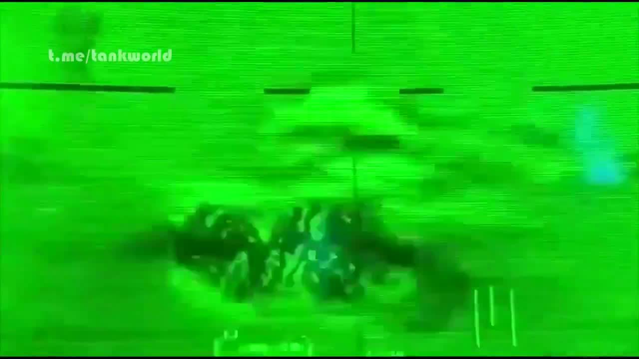 真实的战场瞬间:一只鸟拯救了一辆叙利亚坦克