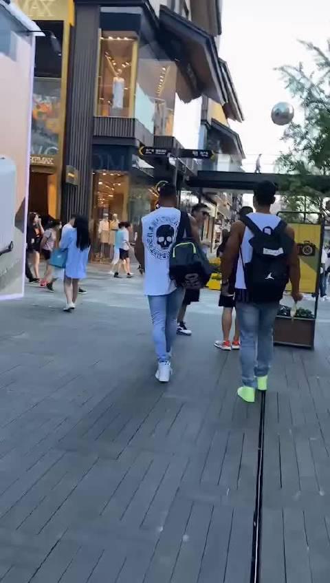 王宁健身湖南路店招聘会籍顾问和私人教练……