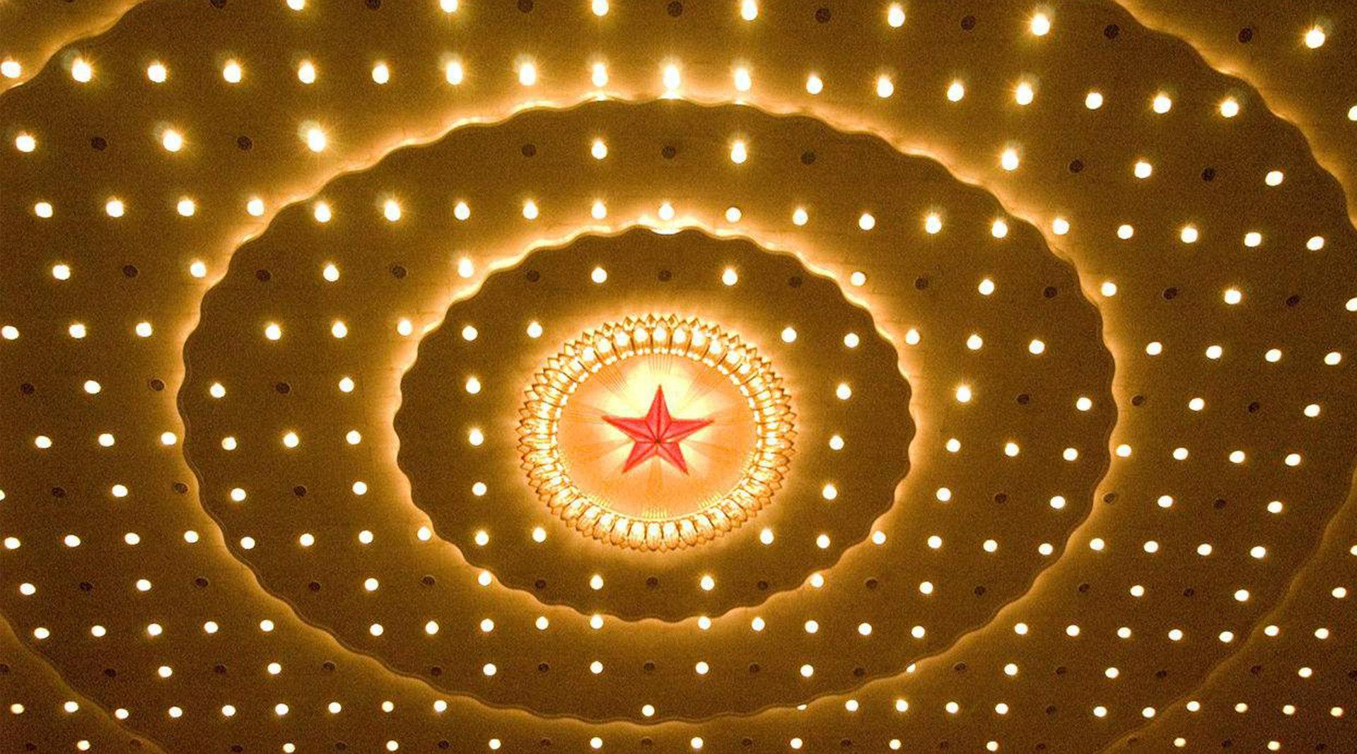 《大家故事》揭秘 人民大会堂满天星是如何被创作出来的