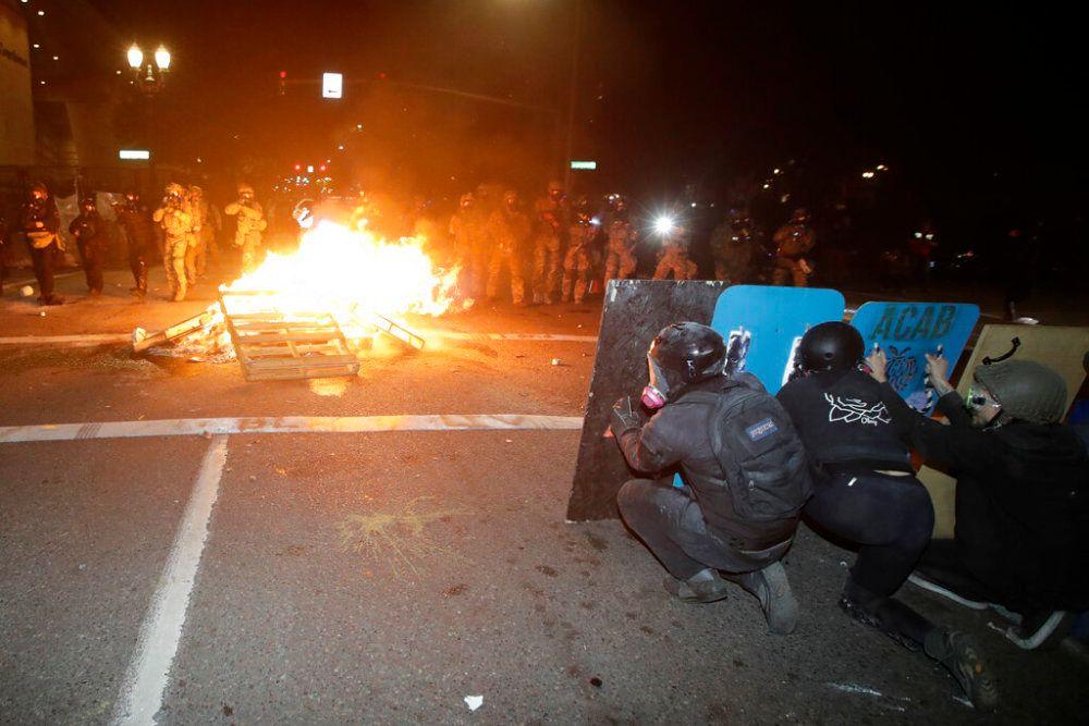特朗普打出最大重拳,7万精兵强将扑向美国六大城市:民主党惨了