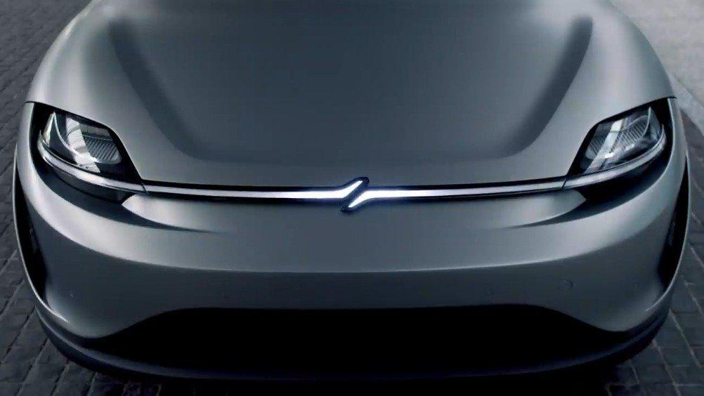 在CES上亮相的电动概念车已到达东京总部……