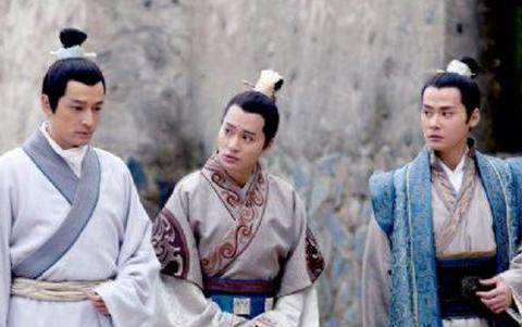 琅琊榜:林殊嫌弃言豫津笨,不愿意和他玩,为什么却对靖王例外?