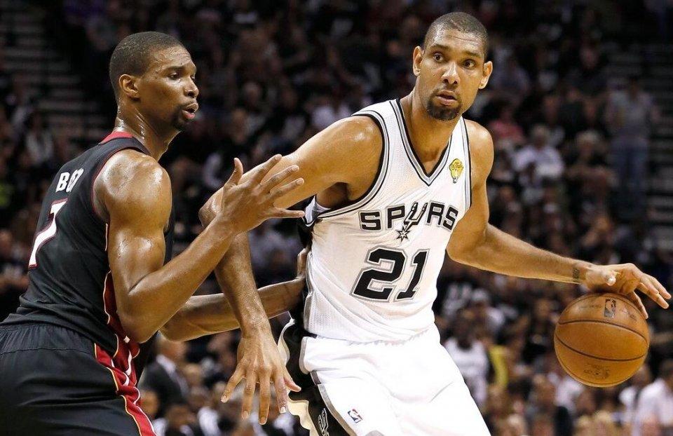 字母哥生计最高52分23篮板15助攻,戴维斯和邓肯呢?
