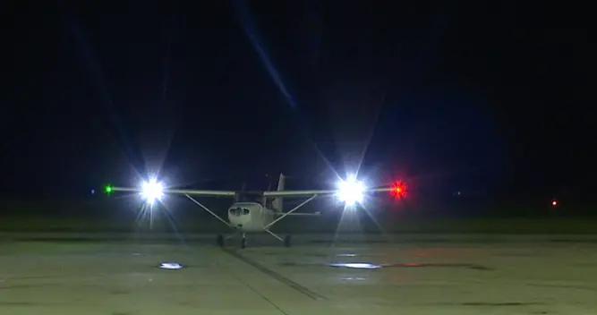 江苏第一家!射阳通用机场首次组织夜航飞行