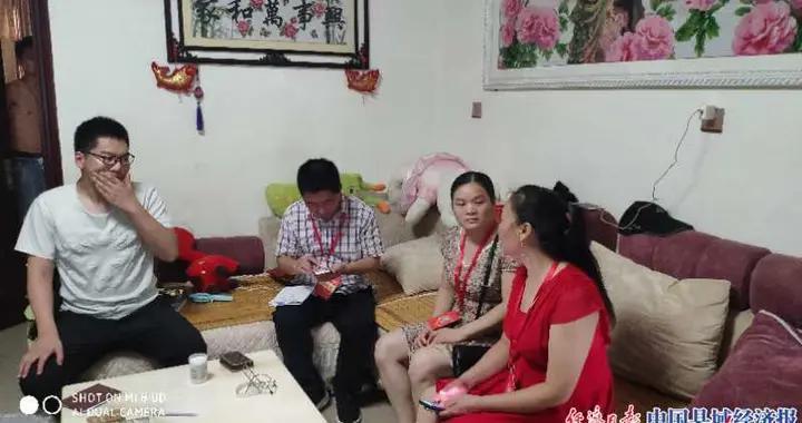 河南省唐河县:教育资助帮助贫困学子圆梦大学