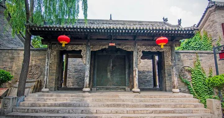 中国现存最久的文庙,内有我国文庙仅存的金代建筑,就在山西平遥