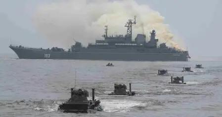 """俄罗斯波罗的海舰队举行""""海洋之盾-2020""""军演"""