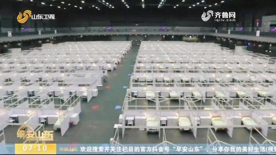 """首批提供500张床位!香港亚洲博览馆改为""""方舱医院"""",内景曝光"""