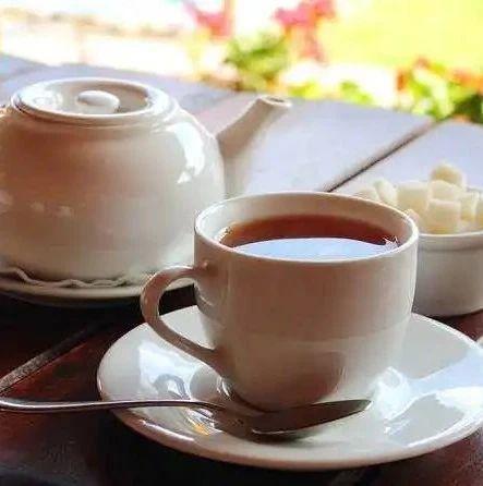 """胃不好,少吃""""三果"""",多饮""""三茶"""",做好三件事"""
