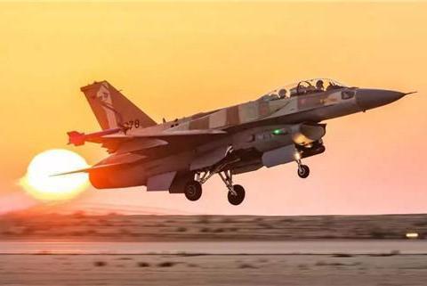 """凌晨时分,以色列空袭叙利亚多处军事基地,充当美国""""金牌打手"""""""
