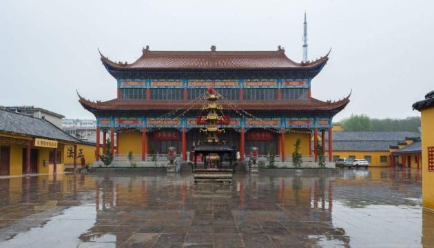 """中国最""""特殊""""的寺庙,里面供奉了朱元璋坐像,只因曾在此出家"""